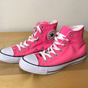 Hot pink High top women's converse